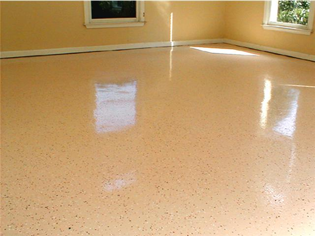 Residential garage - 100% tan epoxy with chips